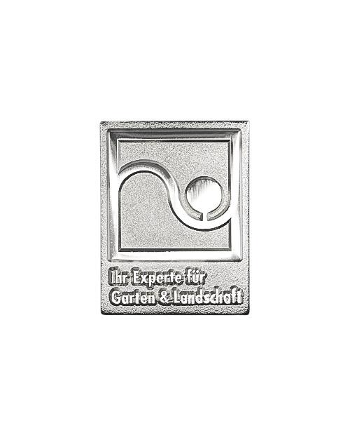 Pins und Anstecker geprägt in Sandkorn - Optik Motiv Garten- und Landschaftsbau Galabau
