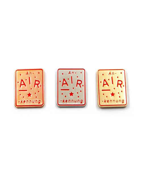"""Pin, 3er-Serie, geprägt und emailliert """"Gold – Silber - Bronze"""""""